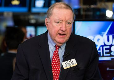 Art Cashin expects more stock pain as traders worry about Fed losing control of bond market