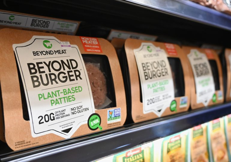 Beyond Meat strikes deals with McDonald's, Yum but shares fall on wider quarterly loss