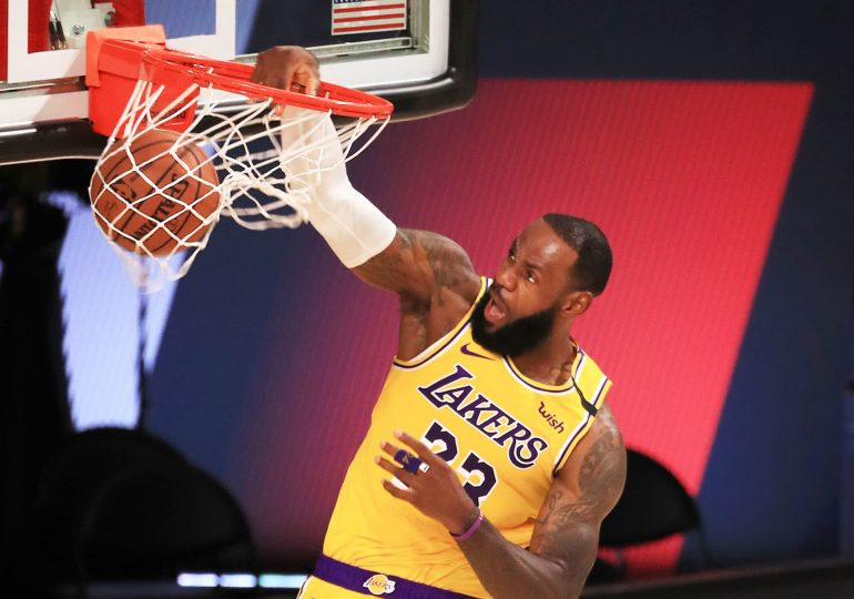 Lakers hire agency Sportfive to find new jersey sponsor, valued at nearly $200 million