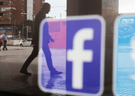 Regulators will launch a 'full-fledged assault' against Facebook and Twitter, tech investor Paul Meeks predicts