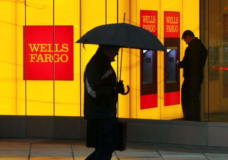 Stocks making the biggest moves midday: Wells Fargo, Palantir, Shopify and more