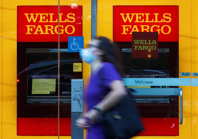 Wells Fargo shares jump after Fed reportedly approves bank's overhaul plan