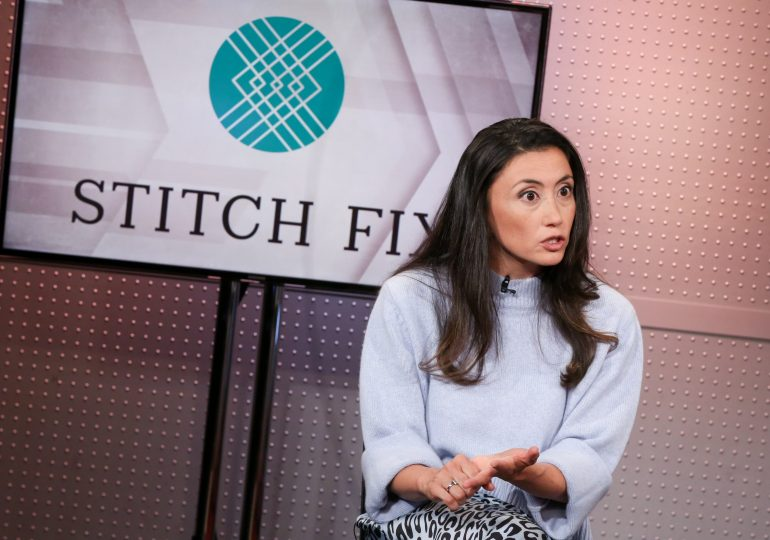 Stitch Fix swings to a quarterly loss and softens outlook on shipping delays; shares plunge