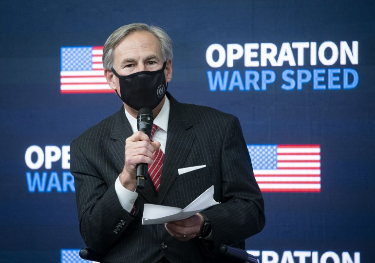 Texas, Mississippi lift Covid restrictions and mask mandates, despite CDC warnings