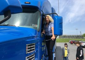 The 2008 housing crisis left this real estate broker unemployed. Now she makes more than $100,000 as a trucker during the coronavirus pandemic