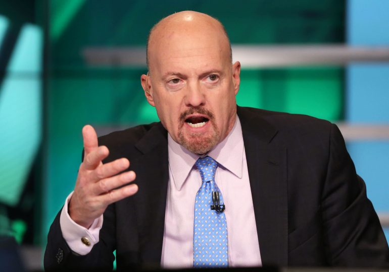 Cramer says Tesla failed to deliver 'blowout quarter,' believes Ford and GM pose a threat