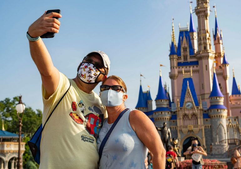 Disney misses on subscriber expectations, parks revenue still hurt by Covid restrictions