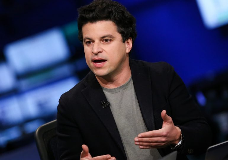 Investing app Acorns to go public through a blank-check merger valued at $2.2 billion