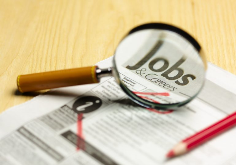 Job searches jumped 5% in states cutting unemployment benefits, analysis finds