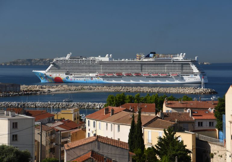 Norwegian Cruise Line CEO says U.S. ships are unlikely to sail this summer, calls CDC guidance 'unfair'