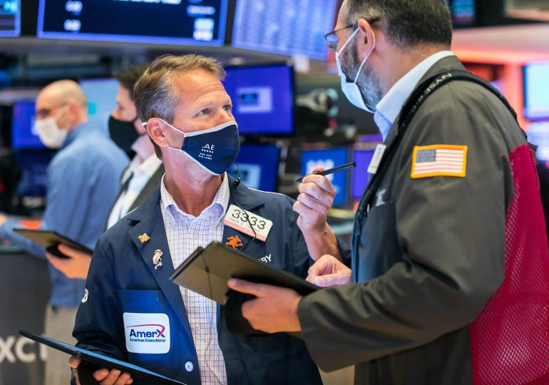 Stock futures are flat following a rebound day on Wall Street