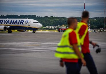 Budget airline Ryanair posts 273 million euro loss as Covid continues to wreak havoc