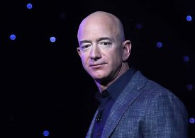 Government denies Bezos' protest of NASA awarding lunar lander contract to Musk's SpaceX