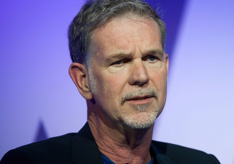 Netflix beats on paid subscriber growth, but misses earnings expectations