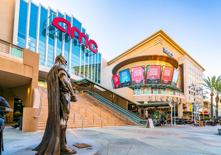 AMC posts narrower-than-expected loss, but CEO warns theater chain is 'not yet out of the woods'