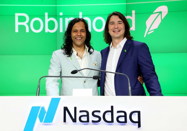 Robinhood revenue doubles last quarter, but stock drops 8% after app warns trading is slowing