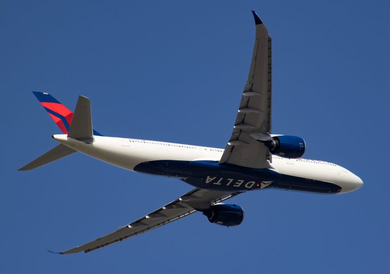 Delta Air Lines posts profit thanks to stronger travel demand, but rising fuel prices will squeeze 4Q bottom line