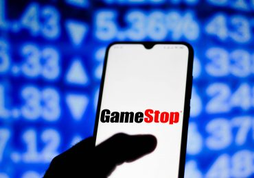 SEC says brokers enticed by payment for order flow are making trading into a game to lure investors