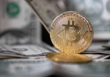 The first bitcoin futures ETF in the U.S. is set to begin trading in the week ahead